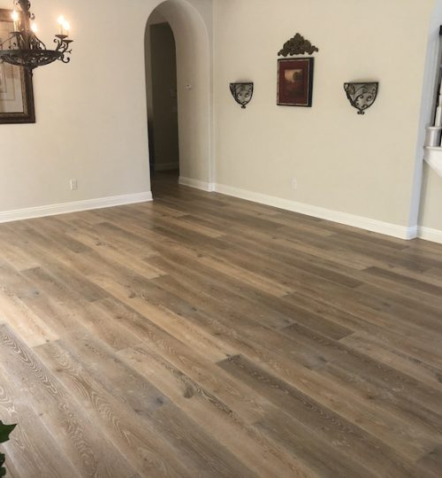 Dining room laminate flooring